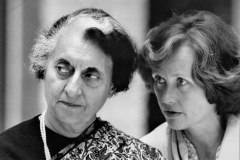 Foto: Carsten Reenberg   Indira Gandhi og Lisbeth Schlüter
