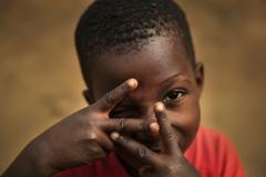 Foto: Steffen Jensen | Både børn og voksne i landsbyen Nnudu elskede at blive fotograferet og lavede gerne gøgl foran linsen.